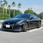 新宿サブナード駐車場のGT-R ブラックエディション(R35)